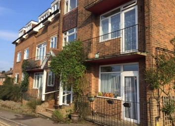 2 bed flat to rent in Croydon Road, Westerham TN16