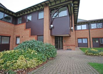 Thumbnail 2 bed flat to rent in Wickham Road, Fareham