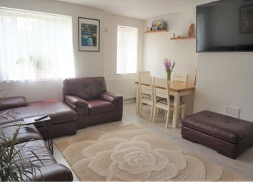 2 bed flat for sale in Eccles New Road, Salford M5