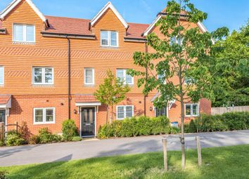 3 bed town house for sale in Toutley Road, Wokingham RG41