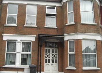 Thumbnail 2 bed flat to rent in Woodside Road, Wood Green, London
