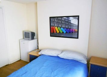 Thumbnail Room to rent in Blenheim Gardens, Willesden Green, London