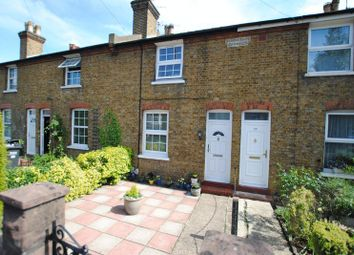 Thumbnail 3 bed cottage for sale in Chipstead Valley Road, Coulsdon