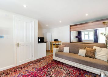 Thumbnail Studio to rent in Cedar Close, Kingston Hill