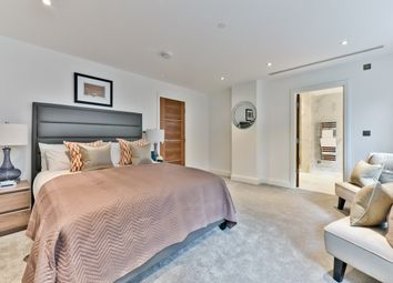 Thumbnail 3 bedroom flat for sale in Willow Place, London
