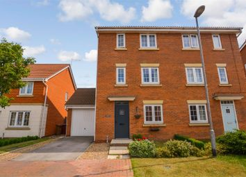 Thumbnail 3 bed town house for sale in Garganey Walk, Scunthorpe