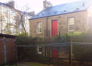 2 bed flat to rent in Taylors Lane, Dundee DD2