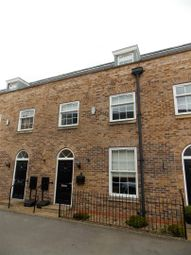 Thumbnail 3 bed town house to rent in Peterson Drive, New Waltham, Grimsby