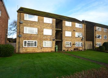 Thumbnail 2 bedroom flat for sale in Kenya Court, Horley Row, Horley