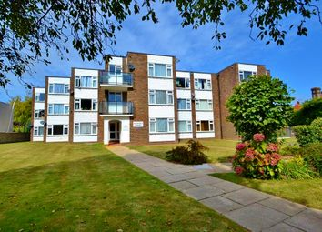 Thumbnail 1 bed flat to rent in Chesswood Road, Worthing
