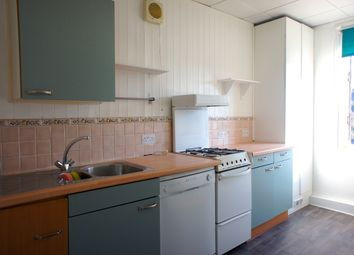 Thumbnail 3 bedroom flat to rent in High Road, Whetstone