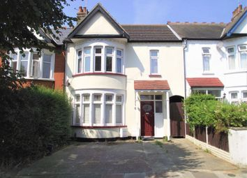 Thumbnail 1 bed flat to rent in Sandringham Road, Southend-On-Sea
