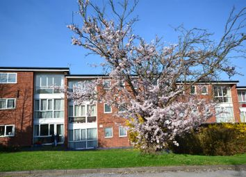 Thumbnail 2 bedroom flat to rent in Baldwins Lane, Croxley Green, Rickmansworth