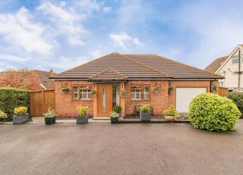 Pilgrims Way, Charing, Ashford, Kent TN27. 3 bed detached house for sale