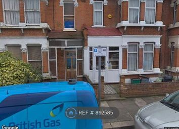 Clarissa Road, Romford RM6. Room to rent