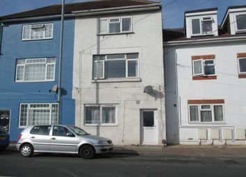 Thumbnail 1 bedroom flat to rent in Cromwell Road, Southsea