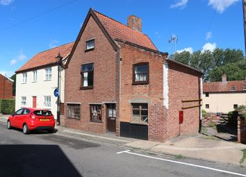 Thumbnail 3 bedroom detached house for sale in Chediston Street, Halesworth