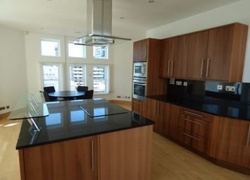 Thumbnail 3 bed flat to rent in Water Street, Liverpool