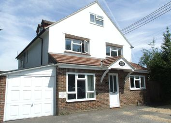 Thumbnail 2 bed flat to rent in Brookhill Road, Copthorne, Crawley