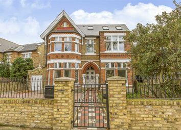 Thumbnail 7 bed detached house to rent in Woodville Road, London