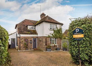 Thumbnail 3 bed detached house for sale in Beadles Lane, Oxted