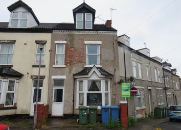 Thumbnail 6 bed end terrace house for sale in Clifton Place, Mansfield