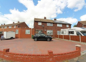 Thumbnail 5 bed property for sale in Queen's Crescent, Gorleston
