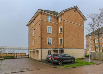 2 bed flat to rent in Ffordd James Mcghan, Cardiff CF11