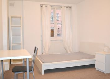 Thumbnail 1 bed flat to rent in Hastings Street, King's Cross, London