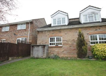 Thumbnail Town house to rent in Hunters Close, Tring