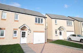 Thumbnail 3 bedroom semi-detached house to rent in Kirkstead Drive, Dundee