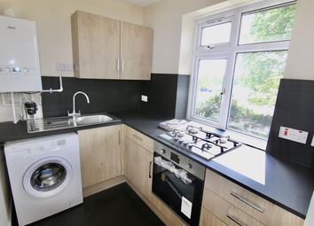 2 bed maisonette to rent in Hollyhedge Road, Cobham KT11