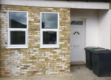 Thumbnail 2 bed flat to rent in Eldon Road, London