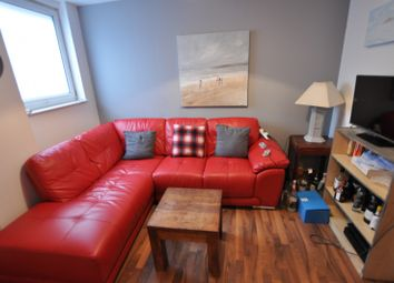 Thumbnail 5 bed property to rent in Strand, Swansea
