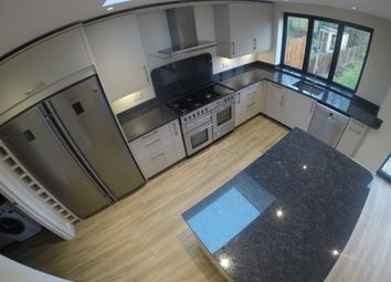 Thumbnail 5 bed detached house to rent in Kings Hall Road, Beckenham