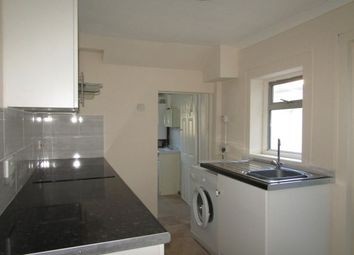 3 bed property to rent in Jeffery Street, Gillingham ME7