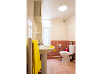 1 bed flat to rent in Flat 3, 11 Spring Road, Headingley LS6