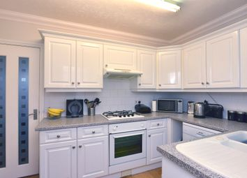 Thumbnail 2 bed cottage for sale in Luton Road, Toddington, Dunstable