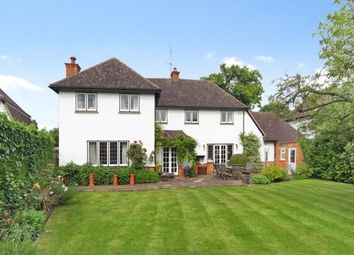 Thumbnail 5 bed detached house to rent in Oatlands Close, Weybridge