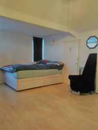 Thumbnail 1 bed triplex to rent in North End Road, Golders Green, London