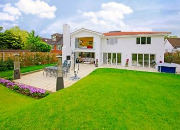 Thumbnail 5 bed property for sale in Oakridge Avenue, Radlett