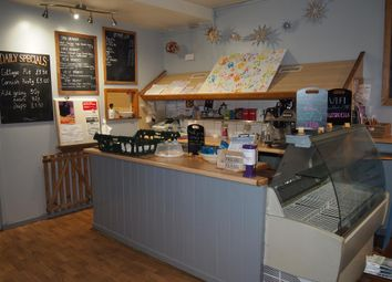 Thumbnail Restaurant/cafe for sale in Cafe & Sandwich Bars LS16, West Yorkshire
