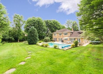 Thumbnail 5 bed detached house to rent in Old Avenue, West Byfleet