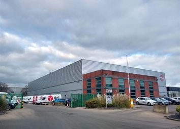 Thumbnail Warehouse to let in Unit 200 Focal Point, Fleming Way, Crawley, West Sussex