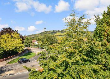 Hill View, Dorking, Surrey RH4. 2 bed flat