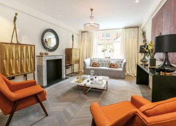 Chesterfield House, South Audley Street, Mayfair, London W1K. 1 bed flat for sale
