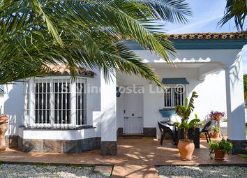 Thumbnail Villa for sale in Chiclana De La Frontera, Costa Luz, Spain