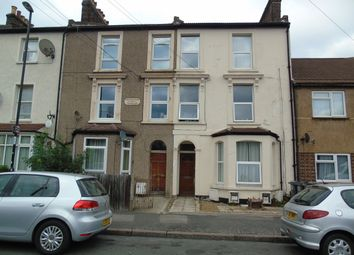 Thumbnail 1 bed flat to rent in Newhaven Road, Selhurst