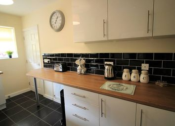 Thumbnail 5 bed shared accommodation to rent in Convent Avenue, South Kirkby