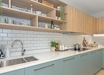 Thumbnail 4 bed town house for sale in Mill Hill, London